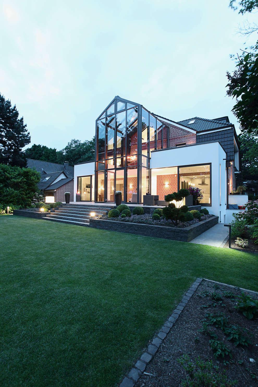 28 Grad Architektur GmbH: modern tarz Evler