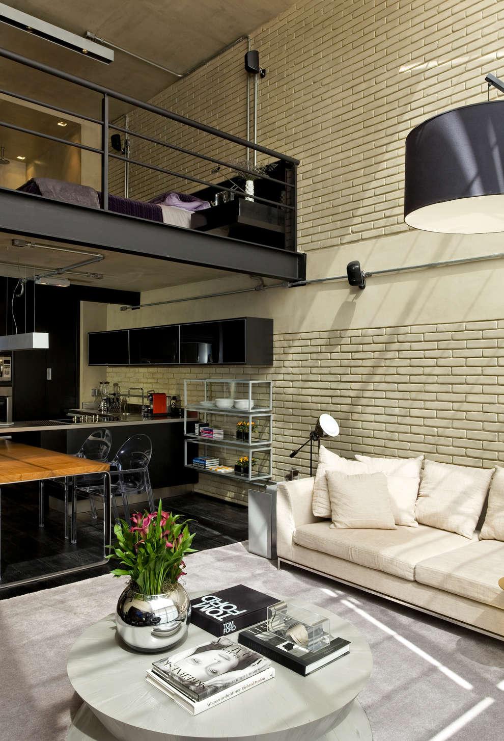 Livings de estilo industrial por DIEGO REVOLLO ARQUITETURA S/S LTDA.