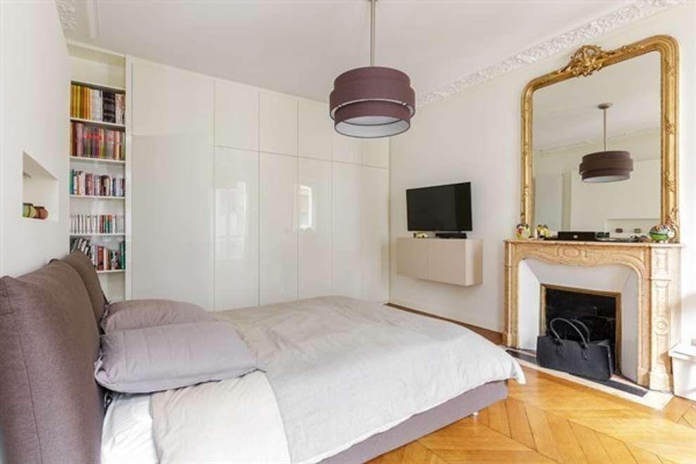 Dormitorios de estilo moderno por QUID Architecture