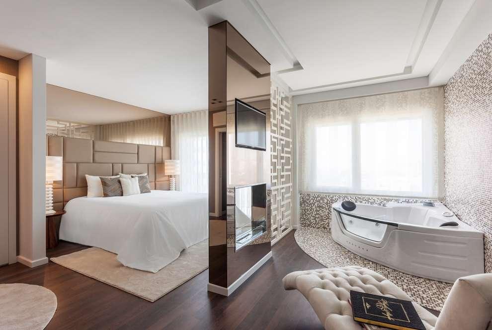 Badezimmer Und Schlafzimmer In Einem