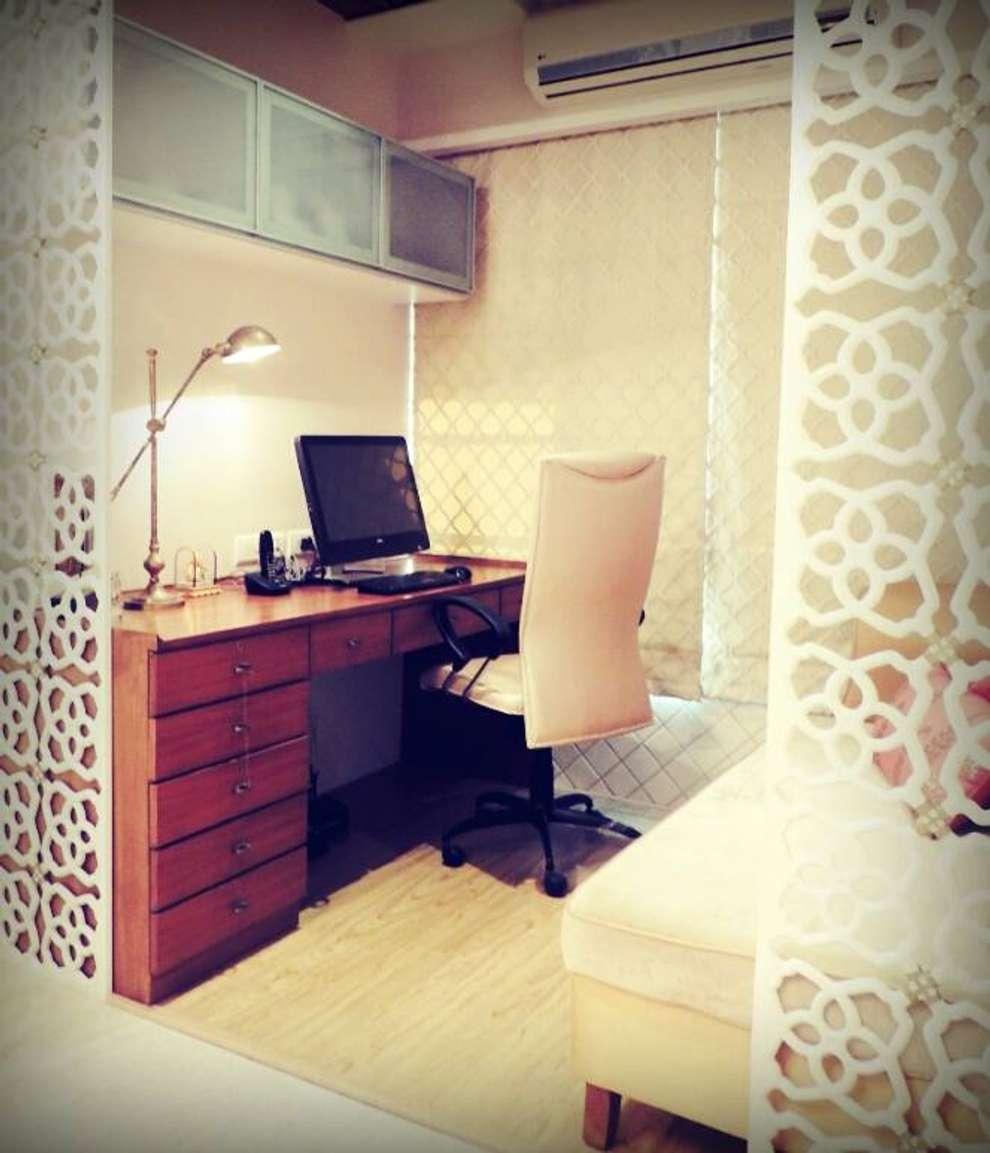 Sanghvi Residence: modern Study/office by SwitchOver Studio