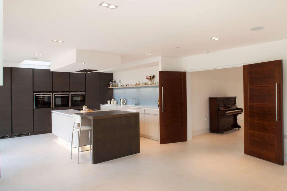 Cocinas de estilo moderno por Frost Architects Ltd