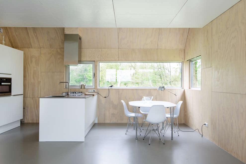 Kwint architecten: minimal tarz tarz Mutfak