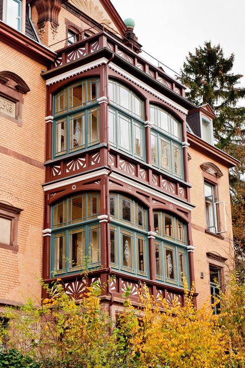 Gebr.Lechte HWP GmbH Malerfachbetrieb Colonial style house