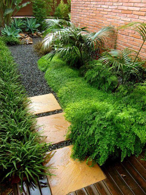 HOATZÍN Simbiosi Estudi Jardines de estilo moderno