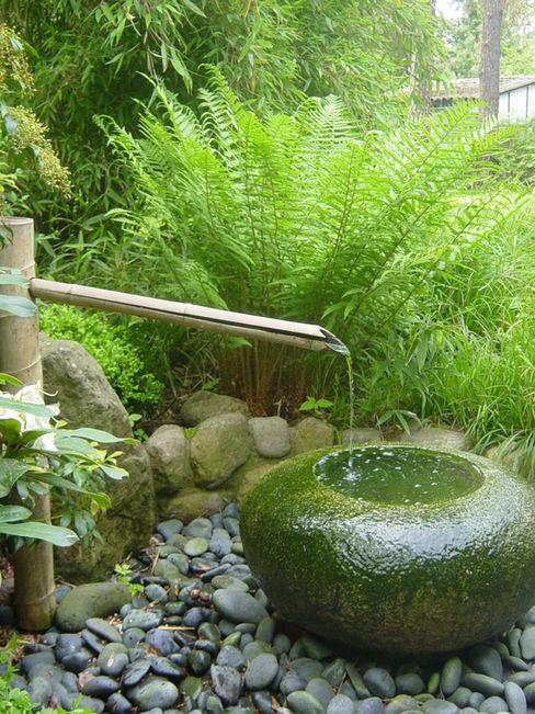 CONSCIOUS DESIGN - INTERIORS Vườn phong cách châu Á
