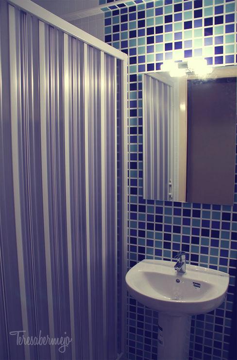 El baño de Elena Diseñadora de Interiores, Decoradora y Home Stager Baños de estilo moderno