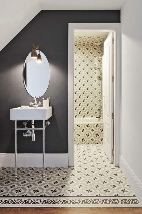 Baño integrado en dormitorio decoraCCion Baños de estilo escandinavo