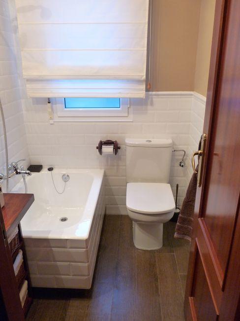 Reforma de un pequeño baño Dec&You Baños de estilo ecléctico