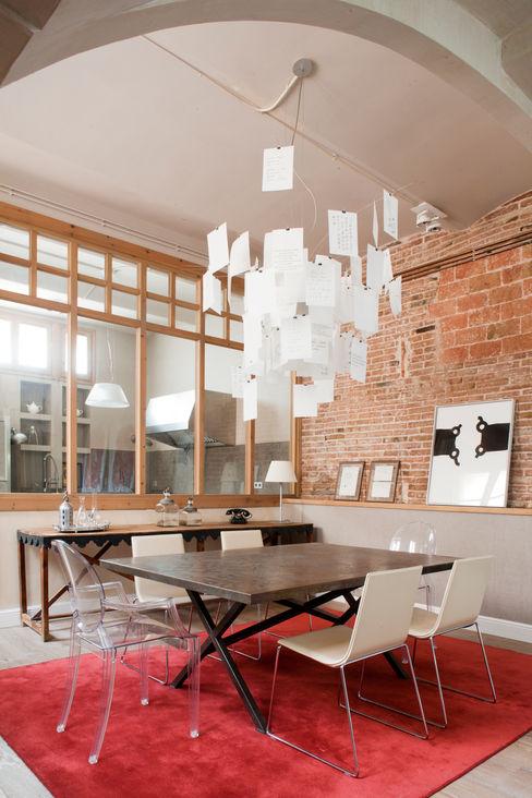 The Room Studio Minimalist dining room