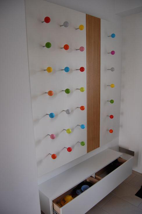 Garderobe für Kinder by Tricform tricform Moderne Ankleidezimmer