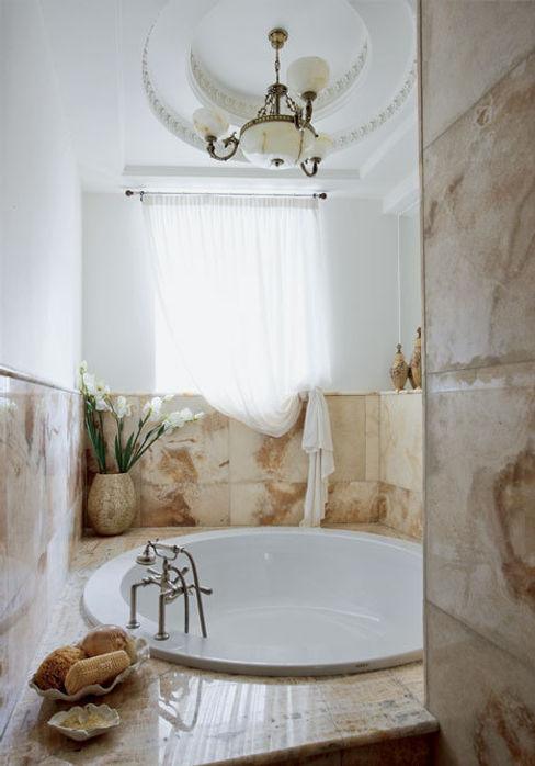 Villa in Russia Scultura & Design S.r.l. Bagno in stile classico