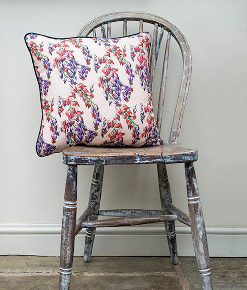 Trailing Flower Cushion Occipinti Yatak OdasıTekstil Ürünleri