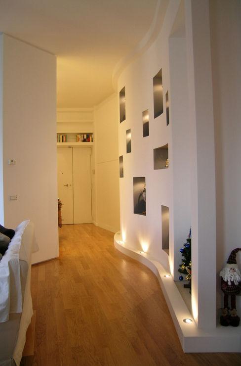 Pecoramelloarchitetti Moderne gangen, hallen & trappenhuizen