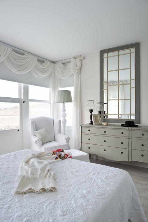 Çeşme Port Alaçatı EKE Mimarlık Modern Yatak Odası