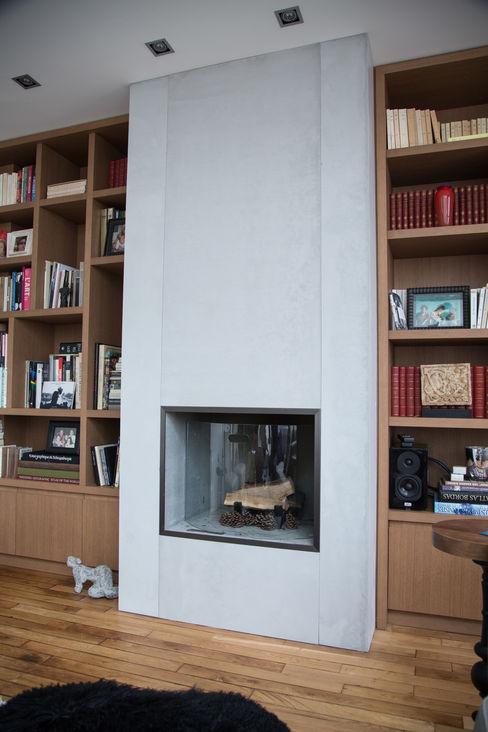 Concrete Fireplace in PANBETON®, Living-room Concrete LCDA مطبخ
