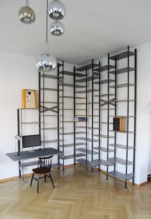 Tuba Design Living roomShelves