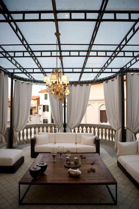 archbcstudio Klasik Balkon, Veranda & Teras