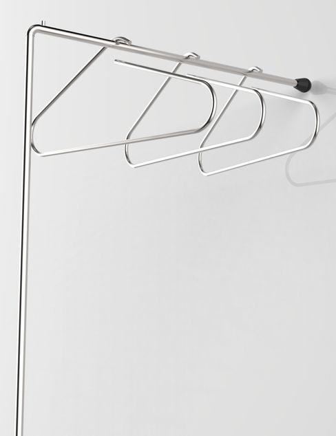 LESS IS MORE, coat hangers holders Insilvis Divergent Thinking Vestíbulos, pasillos y escalerasPercheros y colgadores