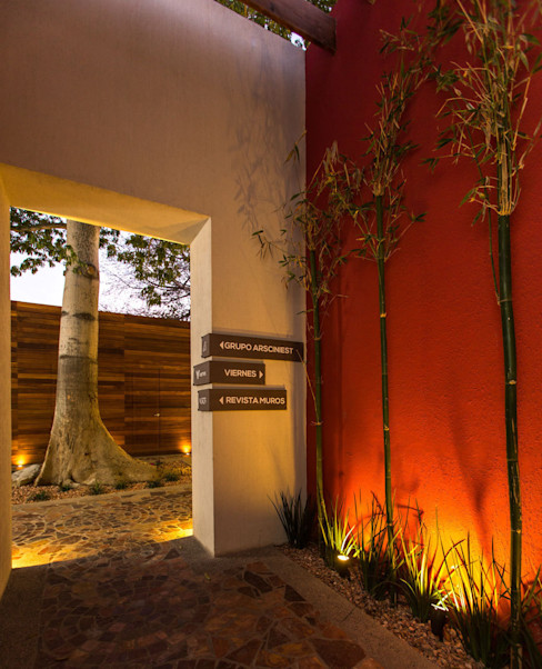 Grupo Arsciniest Moderne Bürogebäude