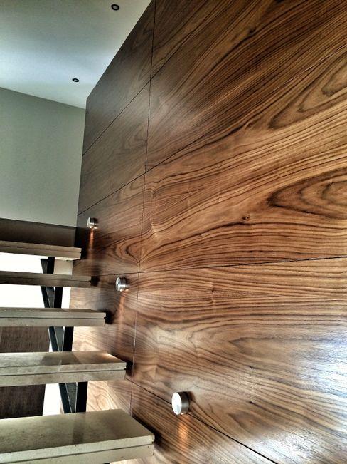 Casa Secreto REM Arquitectos Vestíbulos, pasillos y escalerasEscaleras