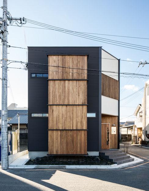 辻岡直樹建築設計事務所㈱ Modern houses