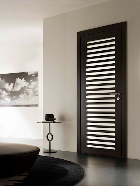 MOVI ITALIA SRL Fenêtres & Portes modernes