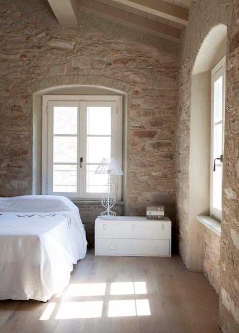 Architetto Silvia Giacobazzi Rustic style bedroom