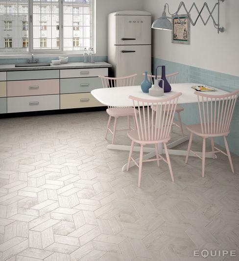 Hexawood Grey 17,5x20 / Chevron Grey Left&Right 9x20,5. Equipe Ceramicas Paredes y suelosBaldosas y azulejos