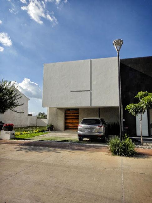 Abraham Cota Paredes Arquitecto Rumah Modern