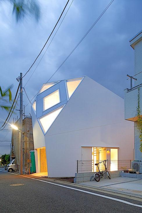 アトリエ・天工人 Eclectic style houses