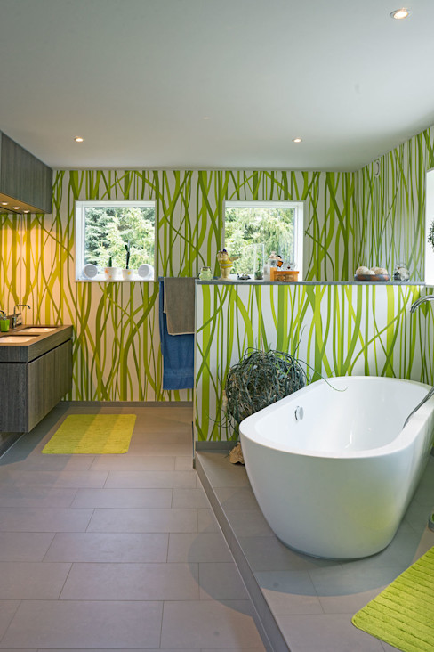 """MAX-Haus Design S"" MAX-Haus GmbH Moderne Badezimmer"