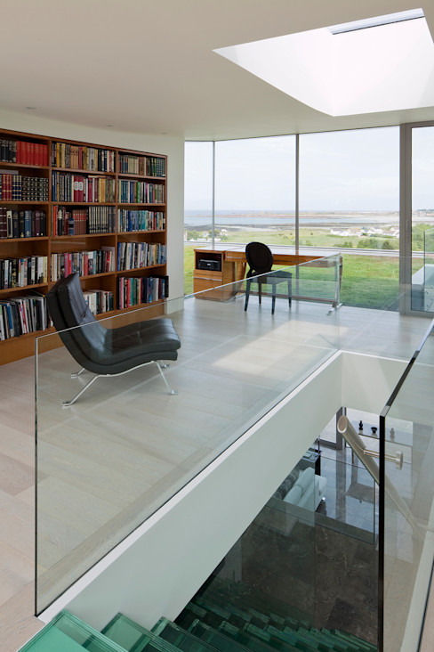 Etoile du Nord JAMIE FALLA ARCHITECTURE Modern Study Room and Home Office