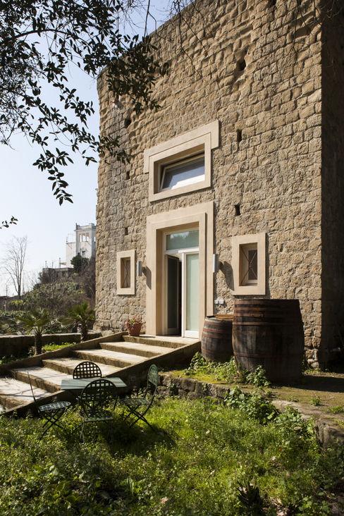 Lo studio di Giuliana Morelli Mediterranean style houses