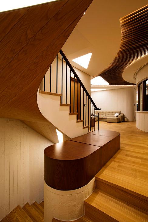 GIP Modern corridor, hallway & stairs