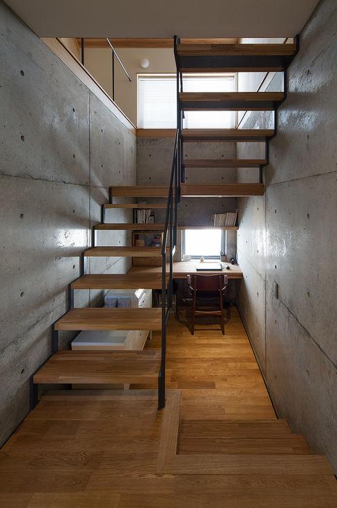 三角屋根の家 林建築設計室 家