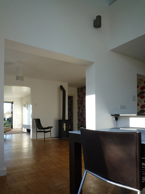 Open Plan Ground Floor Living in a Bright and Airy Home ArchitectureLIVE Modern living room