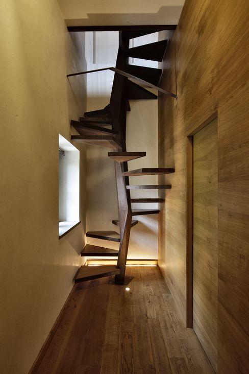 Elia Falaschi Fotografo Pasillos, vestíbulos y escaleras modernos