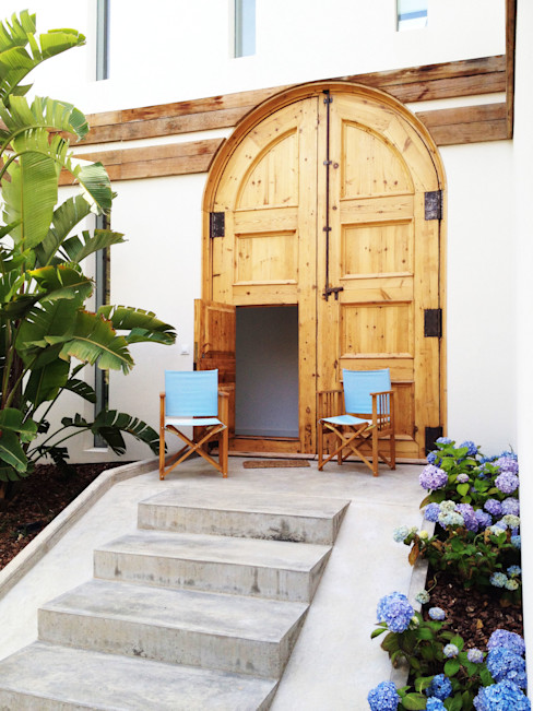 08023 Architects Mediterranean style windows & doors