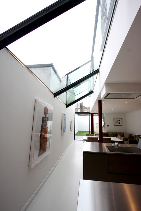 Chaldon Road IQ Glass UK Modern living room