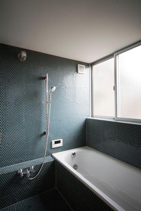 straight design lab Scandinavian style bathrooms