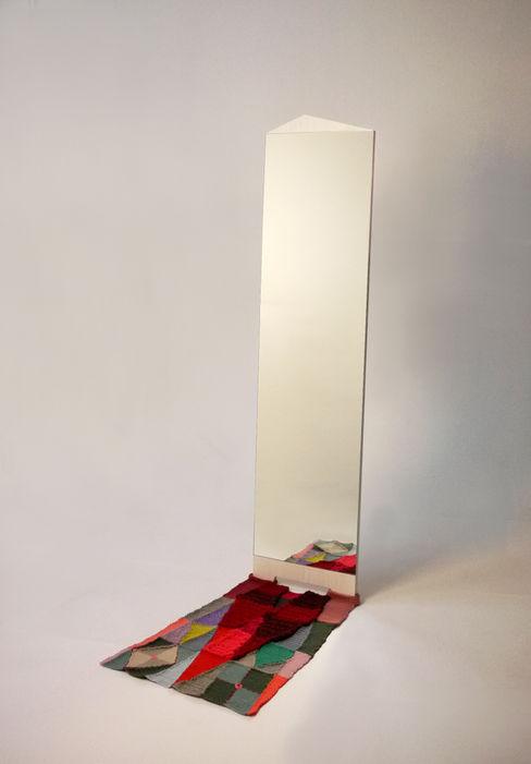 양탄자 그림자. 거울 ATELIER JUNNNE 드레싱 룸거울