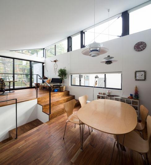 仙川の家 Studio R1 Architects Office モダンデザインの ダイニング