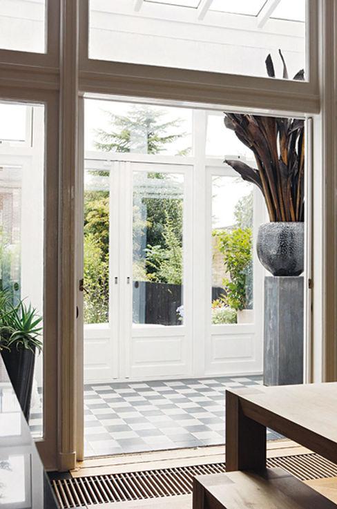 choc studio interieur Mediterranean style conservatory