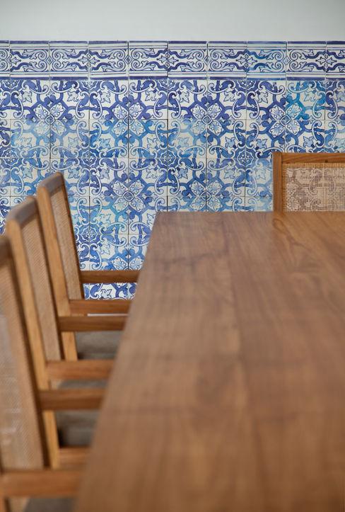 Residência Brise Gisele Taranto Arquitetura Salas de jantar modernas