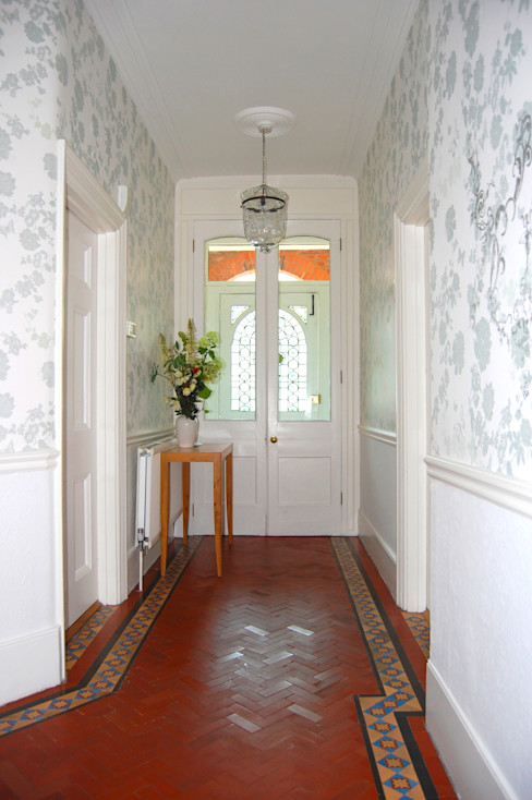 Private Residential Commission, North London Laura Felicity Design Corredores, halls e escadas clássicos Azul