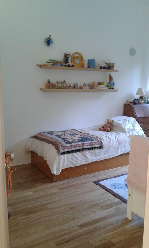 CASA FOTOMÁTICA ESTUDIO MYGA Dormitorios infantiles modernos: