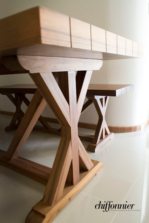 Chiffonnier Dining roomTables