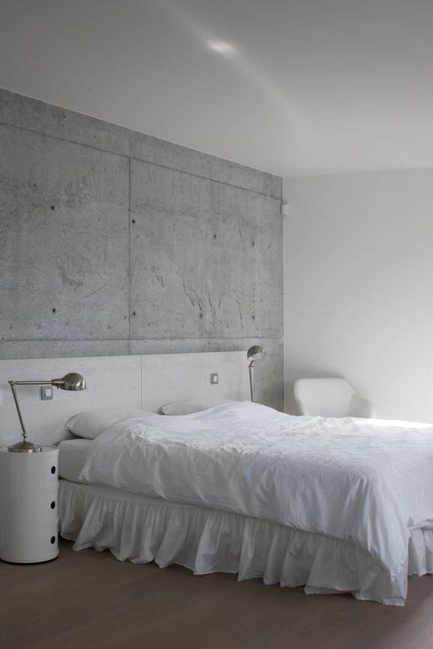 Chambre d'ami GUILLAUME DA SILVA ARCHITECTURE INTERIEURE Chambre minimaliste