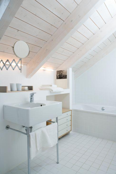 Bad Bohn Architekten GbR Skandinavische Badezimmer
